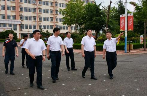 中国足协(青岛)青训中心即墨分中心揭牌仪式在青岛通济实验学校隆重举行!